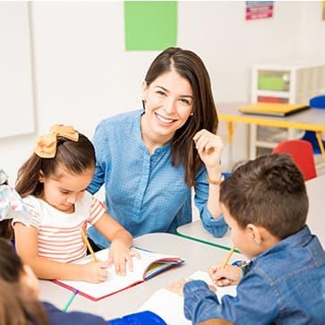 שירות מיון וקליטת סייעות לגני ילדים ובתי ספר מיי פייס